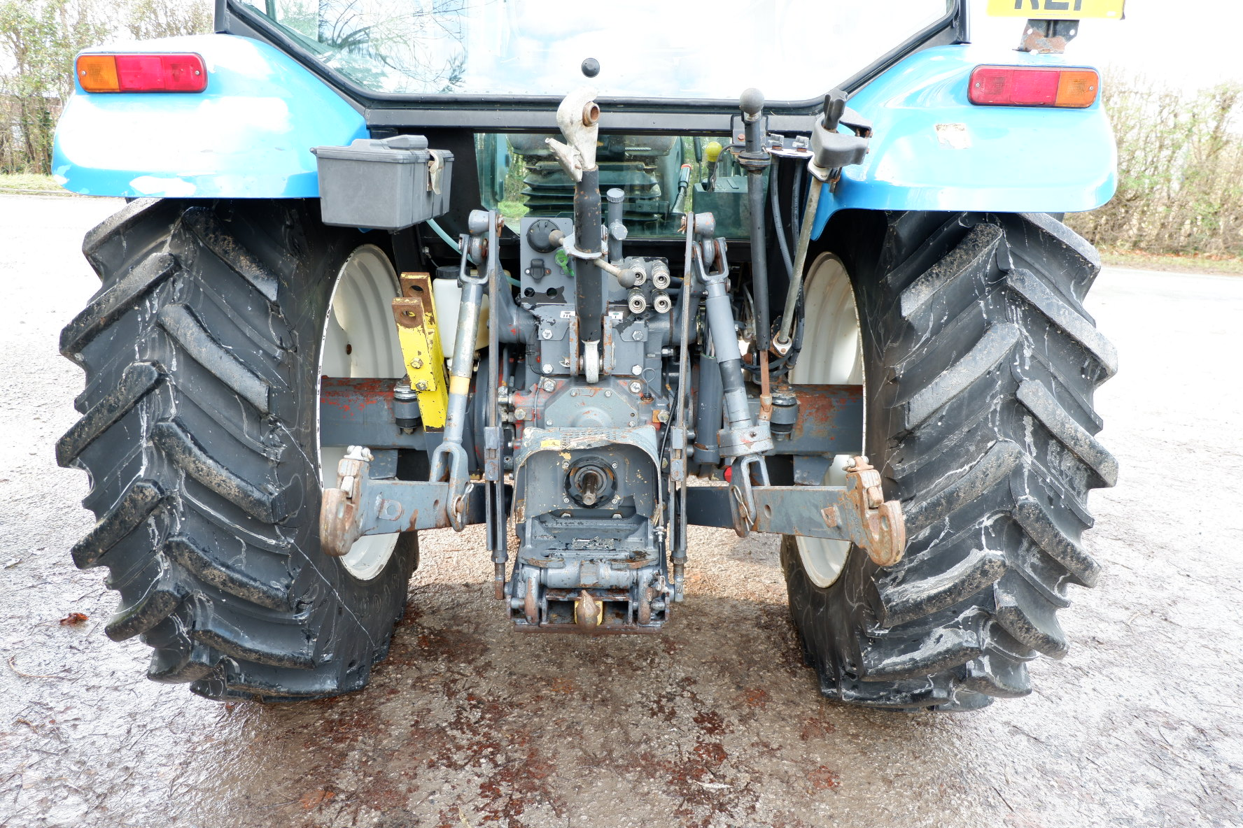 New Holland TL90 With Q30 Loader - Bowland Tractors on