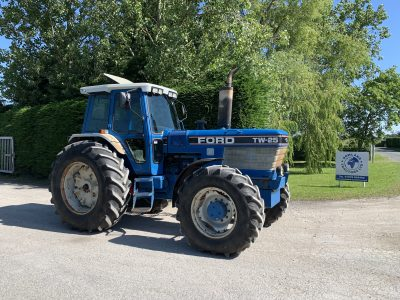 New Holland T7 235 - Bowland Tractors